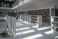 Bibliothek-Stuttgart-innen